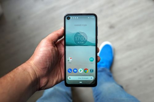 Test du Motorola One Vision:  un point de vue original