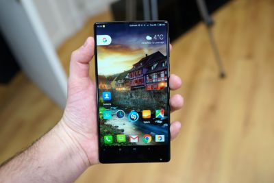 Test du Xiaomi Mi Mix:  que vaut le pionnier du borderless ?