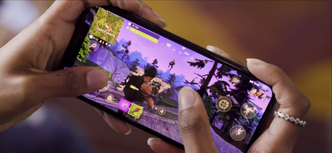 Fortnite Battle Royale:  un trailer de gameplay montre la version mobile en action
