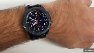 Black Friday - La montre connectée Samsung Gear S3 Frontier à 199 €