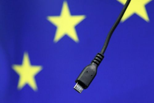 Chargeurs Universels:  Attention l'Europe s'impatiente !